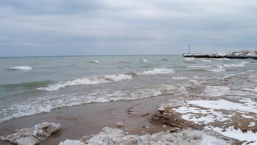 100E6536 Wilmette Gillson Park Beach