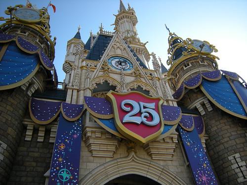 TOKYO Disney Land 25th