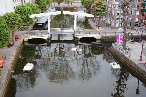 ハネ橋とカナルバイク