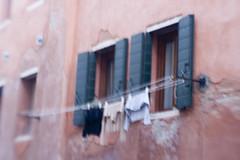LaundryDrying (carolsLittleWorld) Tags: venice italy lensbaby italia laundry clotheslines clothsline drying laundryday veniceitaly hangingouttodry originallensbaby lensbabylens laundrydrying