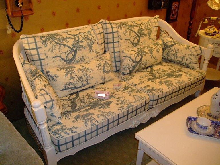 衝動買下的沙發