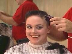 headshave - 2009-06-02_114734 (bob cut) Tags: ladies haircut sexy girl happy bald shave razor headshave
