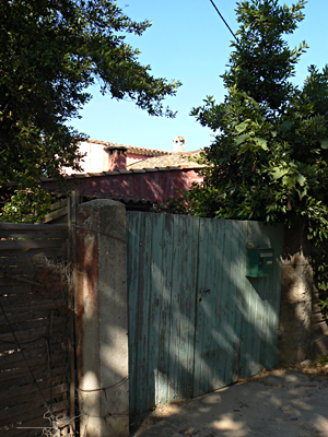 maison cachée 2.jpg