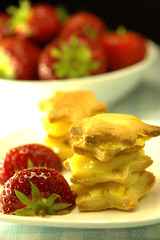 Mini Millefeuilles (Linn Pauwels) Tags: cakes cookies puffpastry foodphotography tabletopphotography lintangdewani