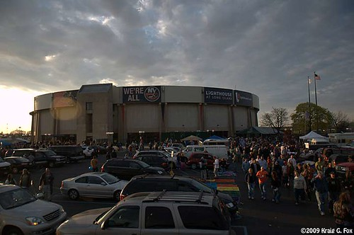 Nassau Coliseum on 4/24/09 when The Dead were in town