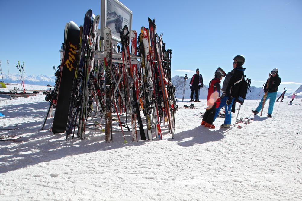 skiers 8