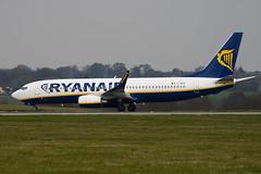 EI-EKO - 35027 - Ryanair - Boeing 737-8AS - Luton - 100412 - Steven Gray - IMG_9799