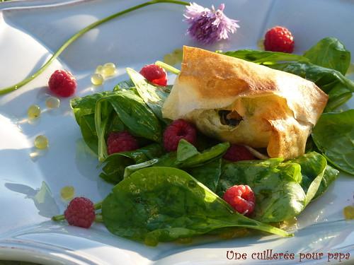 bonnotte en salade de pousses d'épinard