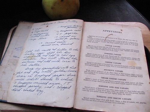 Grandma's cookbook: handwritten recipe