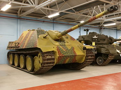 Jagdpanther (Megashorts) Tags: uk museum war tank military olympus destroyer vehicles german dorset ww2 vehicle inside e3 fighting armour zuiko 2009 axis tankmuseum panzer bovington jagdpanther zd 1454mm bovingtontankmuseum fl20 bovingtonmuseum