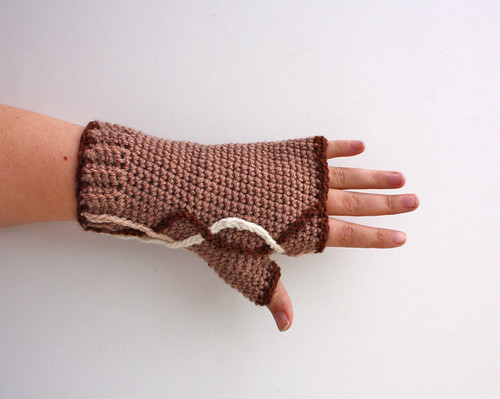 Neutral Waves Fingerless Gloves (by tallybates)
