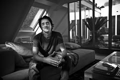 Faire un voeux... (Stéphane Giner) Tags: portrait bw white black france noir nb wish toulouse blanc stephane voeux giner