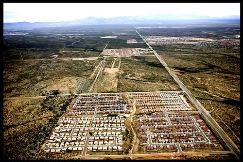 western AZ, (c) Alex S. MacLean/Landslides