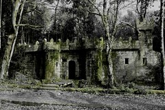 Mini castelo (_madmarx_) Tags: galicia castelo pedra pontevedra retocada cangas cangasdomorrazo aldn platinumheartaward madmarx