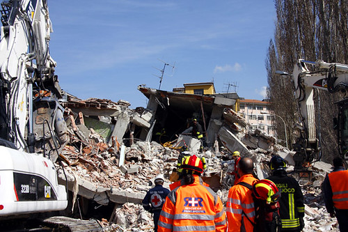 L'Aquila Earthquake RESCUE GR