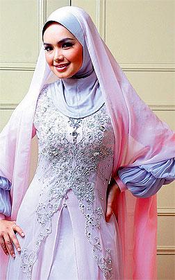 Busana Siti Nurhaliza