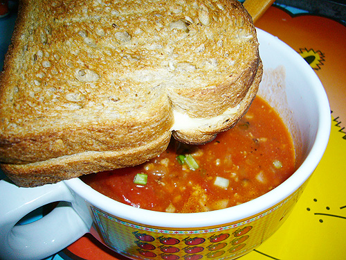 cheese toast and tomato soup