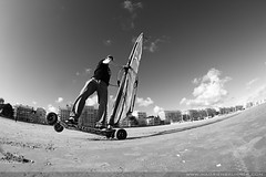 Dirt windsurfing  #2 - La Baule (Photographe  Nantes - Hadrien Brunner) Tags: france beach sport canon photo jump sand eau ride action board extreme spot move casino tokina tricks riding session trick af watersports activity rider voile 2009 printemps 44 eos20d windsurf labaule photographe glisse paysdeloire holywind speedsail 1017mm f354 speedsailing dirtwindsurfing hadrienbrunner wwwhadrienbrunnercom sportdeau southbritany