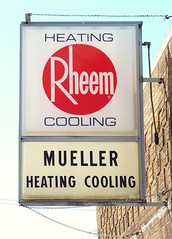 Rheem, Mueller Heating & Cooling Plastic Sign - Muskegon, Michigan - 4/18/09 (randomroadside) Tags: building history sign vintage michigan plastic heating cooling muskegon rheem