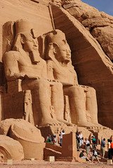 statutes of Ramesses II (Simbon) Tags: temple desert egypt middleeast queen unescoworldheritagesite unesco nile pharaoh monuments aswan inscriptions carvings  abusimbel nubian amun statutes assuan ramesses  lakenasser  ramessesii nefertari ptah rahorakhty  rivernile   aswandam      templeofnefertari pharaohramessesii  templeofhathorandnefertari templeoframesesii