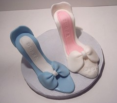 Gimpaste High Heel Shoes (Donna3926) Tags: cake decorating online learn wwwcakedecoratingwithdonnacom