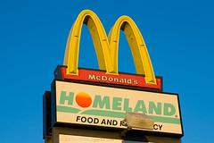McDonald's Homeland (ezeiza) Tags: food oklahoma sign restaurant fastfood fast supermarket mcdonalds norman grocery homeland