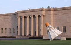 The Nelson-Atkins Museum of Art (EMan Ian) Tags: sculpture art museum canon 50mm artwork gallery nelson exhibit kansascity kc nelsonatkins shuttlecock kcmo nelsonatkinsmuseumofart canon50mm14 canon5014
