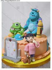 Monsters Inc Cake / Bolo Monstros S.A. (Dragonfly Doces) Tags: mike cake children disney pasta boo infantil pixar americana bolo monsters sa sully inc monstros gumpaste