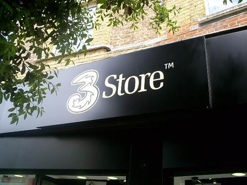 3-store-kingston.jpg