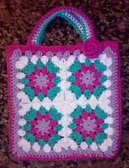 My version of the grannies bag (LauraLRF) Tags: flower thread bag squares crochet flor cotton hilo granny cartera bolso algodon tejido ganchillo cuadrados