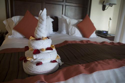 Towel Art: Cake