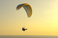Paragliding in Norma (torniaccio) Tags: italy latina norma paragliding advance epsilon parapendio pentaxkx pentaxiani thermalflights advanceepsilon