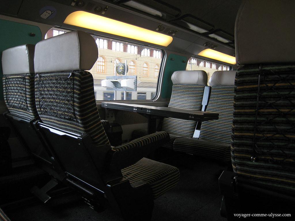 Intérieur du TGV Paris-Marseille