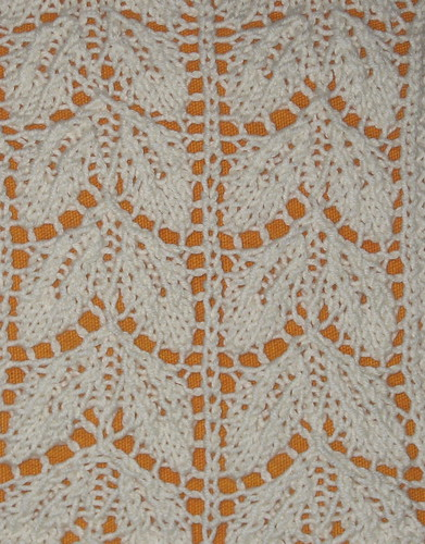 Knitting Lace Patterns Tips : Beech Leaf Pattern The Walker Treasury Project