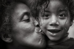 Mummy loves me... (carf) Tags: poverty christmas xmas girls brazil bw streets love girl brasil sepia kids children hope parents blackwhite kid community education support kiss kissing bathrooms child mother forsakenpeople esperana social impoverished underprivileged altruism mothers change shanty educational shack forsakenplaces campaign favela development prevention toilets hummingbirdxmas slum thelma outreach parenting caqui sepiatoned atrisk refurbish socialentrepreneurship changemakers capacitybuilding lasa everyoneachangemaker stiojoaninha chcaradocaqui helpbuildabathroom