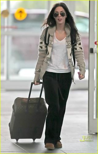 Megan Fox Cardi