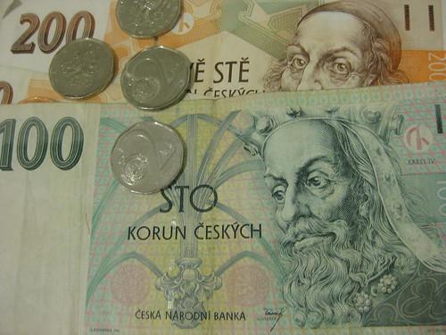 Des couronnes Tchèques qui nous restent sur les bras (1 euro = 25 couronnes tchèques environs)