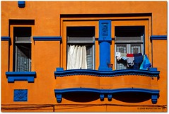 I love orange! (Manon van der Lit) Tags: chile city travel blue santiago orange window southamerica chili balcony laundry zuidamerika cmwdorange manonvanderlit
