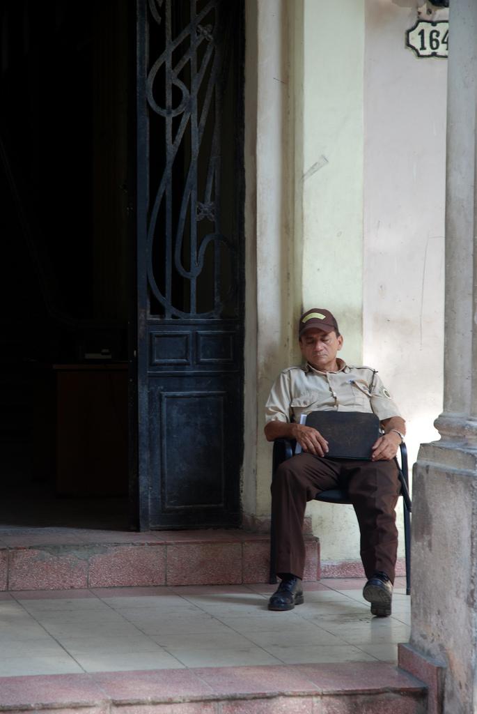 Cuba: fotos del acontecer diario - Página 6 3310039993_0a62563d98_o