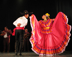 Happy Cinco de Mayo! (Sandra Leidholdt) Tags: music musicians mexico dancers dancing stage folklore mexican cincodemayo entertainers folkloric sandraleidholdt felizcincodemayo leidholdt sandyleidholdt