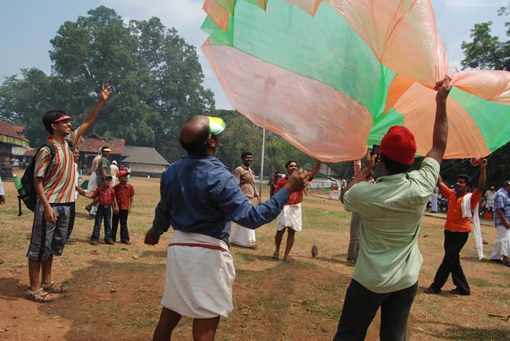 thrissur pooram - We got a parachute!