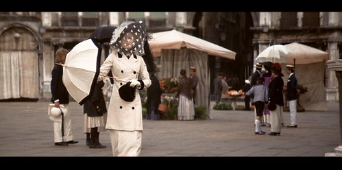 deathinvenice_ladyinwhite+black_square