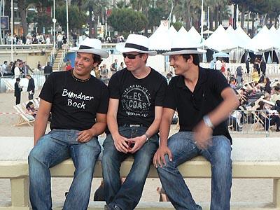 trois beaux gosses.jpg