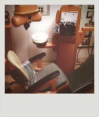 Vintage dentist 144 (mrXavier) Tags: dentist camerabag iphone iphonography vintagepain