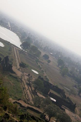 048.從主殿俯瞰Champasak平原 (3)