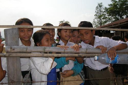 131.Don Daeng的小學生們 (16)