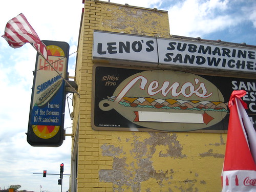 Leno's in Waukegan