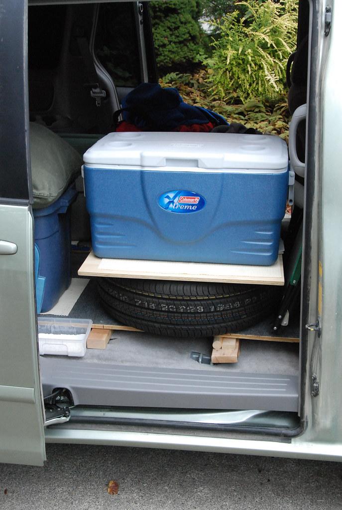 14: Spare tire as shelf (0110)