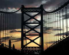 sunset on the Ben Franklin Bridge (moocatmoocat) Tags: new bridge sunset philadelphia silhouette franklin moo wires jersey 16 benjamin pps pps12