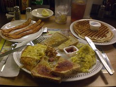 Grubbin' at the Waffle House - Columbus, OH